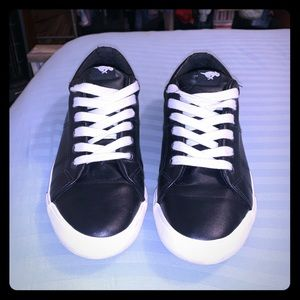 Rocket Dog Faux Black Leather shoes